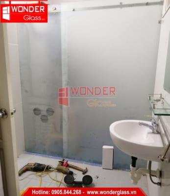 mẫu cửa kính phòng tắm đẹp, cửa kính phòng tắm đà nẵng