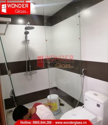 mẫu cửa kính phòng tắm đẹp đà nẵng